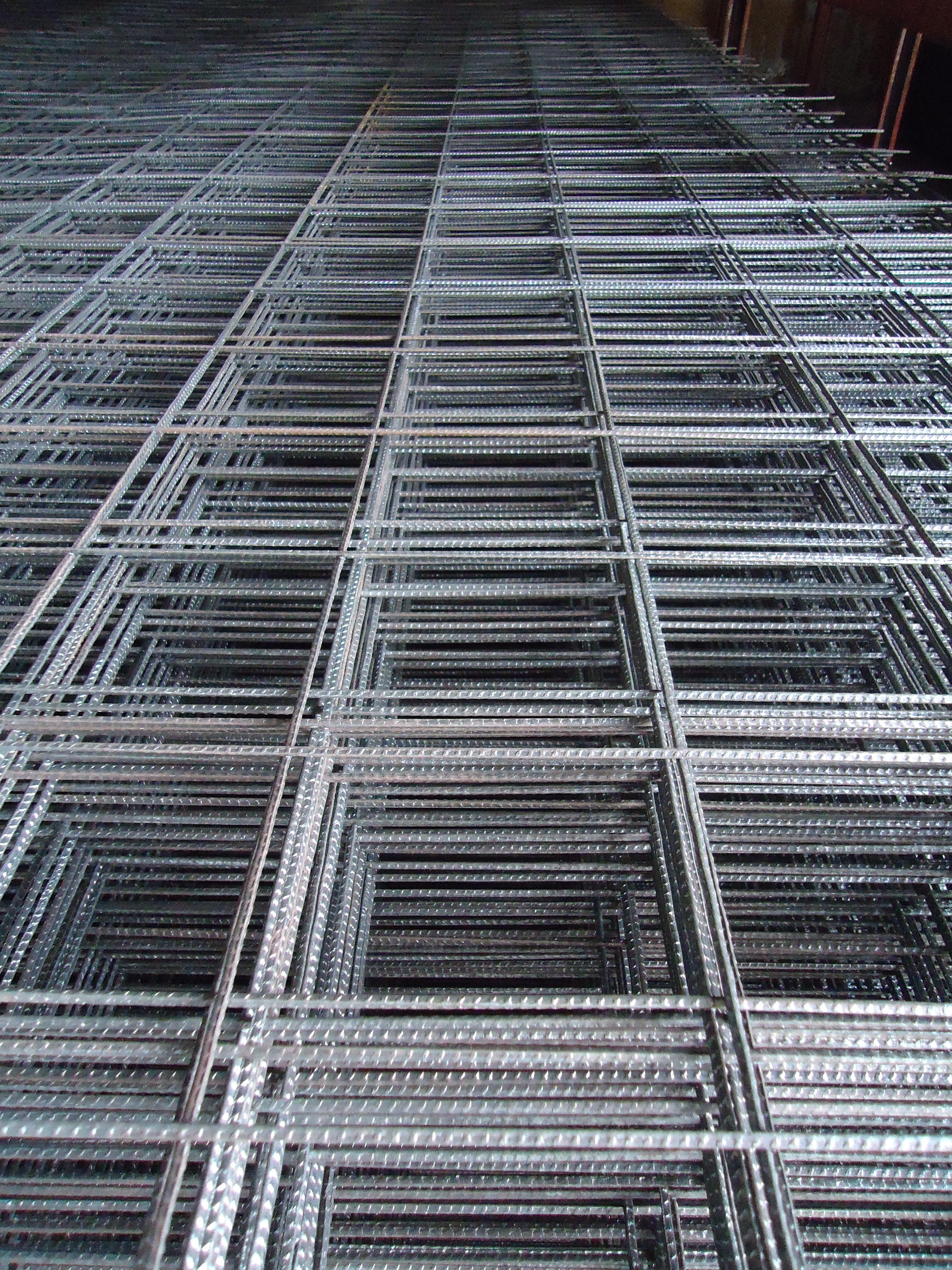 Malla electrosoldada tubolaminas ferreter a for Malla de construccion